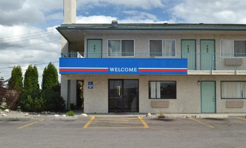 Motel 6 Billings - South - Billings, MT 59102