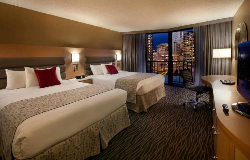 Hotels In Seattle >> 10 Best Hotels With A Pool In Seattle Washington Trip101