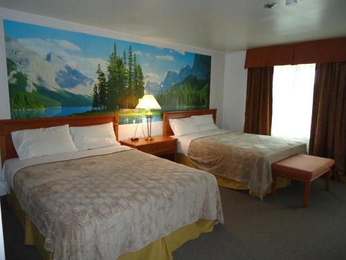 . Westmount Motel
