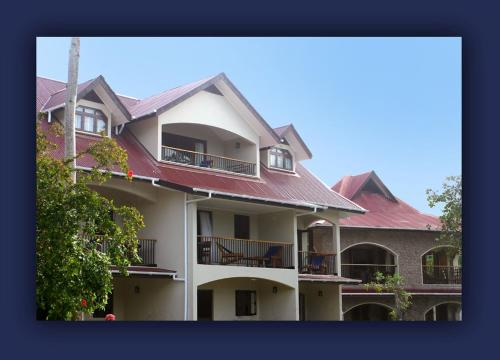 L'Hirondelle Self Catering Guest House, Baie Sainte Anne, Seychelles