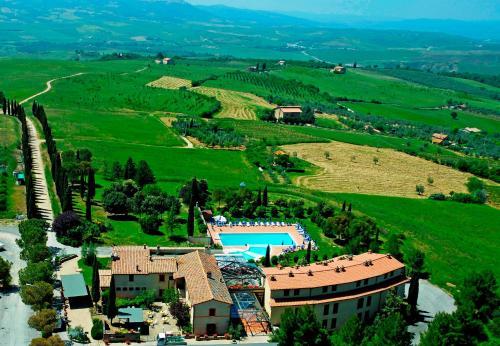 A Hotel Com Hotel Palazzuolo Hotel San Quirico D'orcia Italia Prezzo Recensioni Prenotazione Contatto