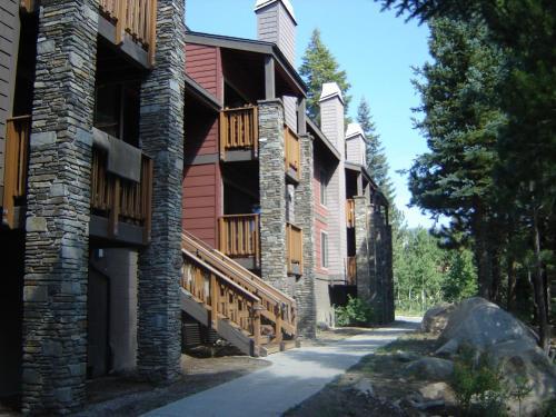 Summit Ski Resort Vacation Rental