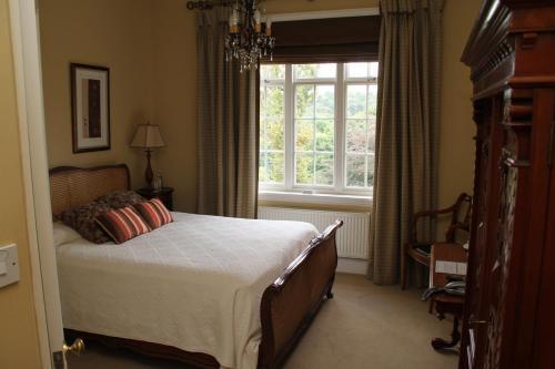 Dunsley Hall Hotel