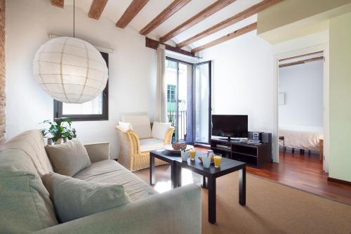 Inside Barcelona Apartments Esparteria photo 23