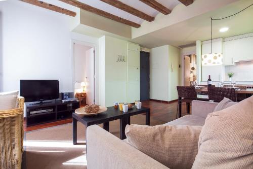 Inside Barcelona Apartments Esparteria photo 24