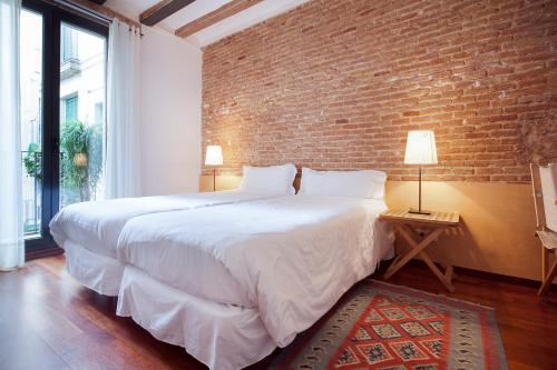 Inside Barcelona Apartments Esparteria photo 30