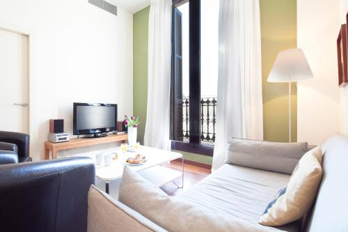 Inside Barcelona Apartments Mercat photo 23