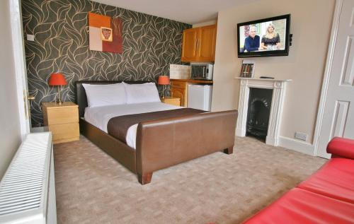 Central Hotel Cheltenham by Roomsbooked - Photo 8 of 34