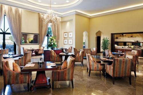 Khor Al Maqta, Qaryat al Beri, Abu Dhabi, United Arab Emirates.