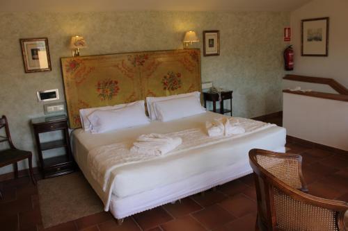 Suite Hotel Leonor de Aquitania 50