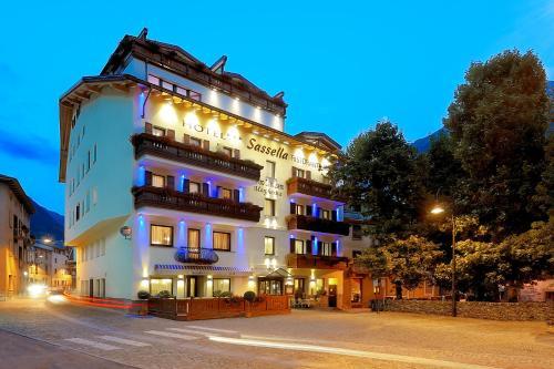 __{offers.Best_flights}__ Hotel Sassella