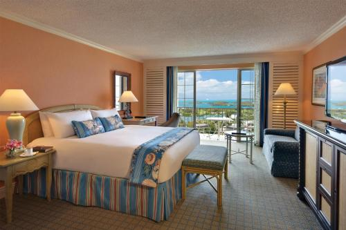 Fairmont Gold One-Bedroom Suite