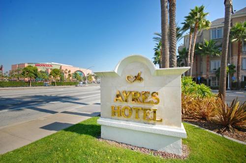 Ayres Hotel Anaheim - Anaheim, CA CA 92806