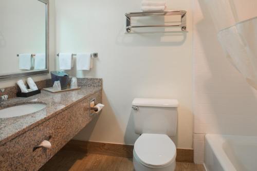 Hotel Mira Vista - El Cerrito, CA CA 94530
