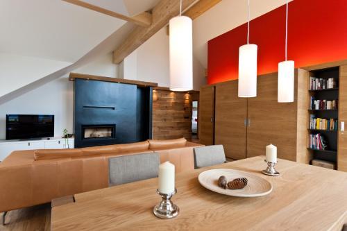 Two-Bedroom Chalet Rubin