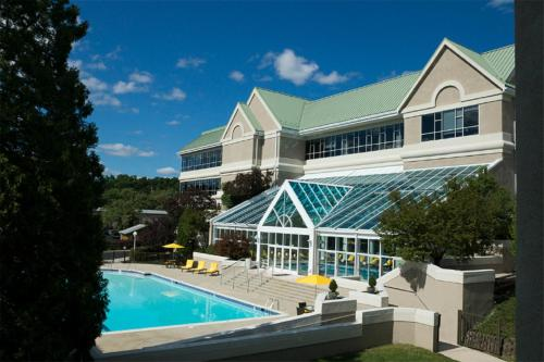 Bushkill Inn & Conference Center - Bushkill, PA 18324