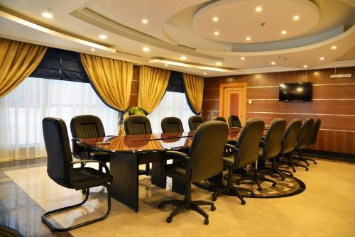 Nozol Royal Inn Hotel Main image 1