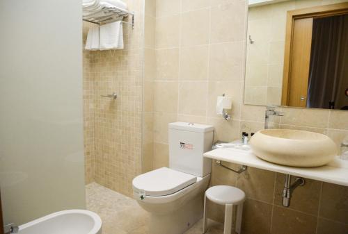 Deluxe Doppelzimmer Hotel Cardenal Ram 9