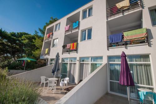 . Hotel Mirta