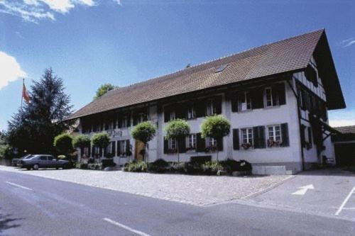 Gasthof Kreuz Mühledorf - Hotel