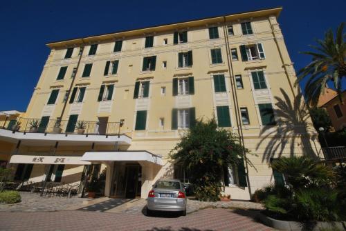 . Esperia Hotel Spotorno