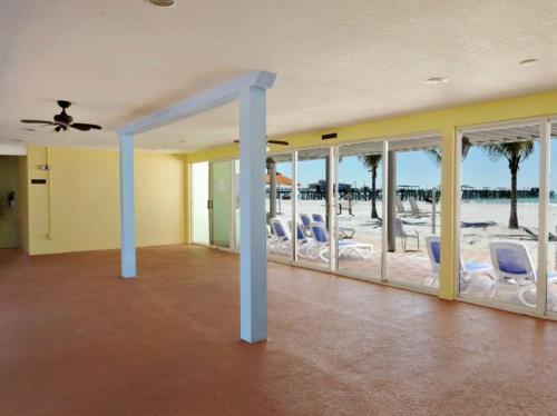 Hotel Sol - St Petersburg, FL 33708