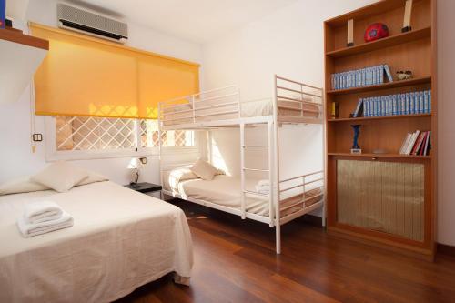 Akira Flats Sant Pau apartments photo 2