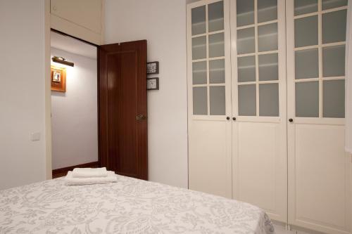 Akira Flats Sant Pau apartments photo 12