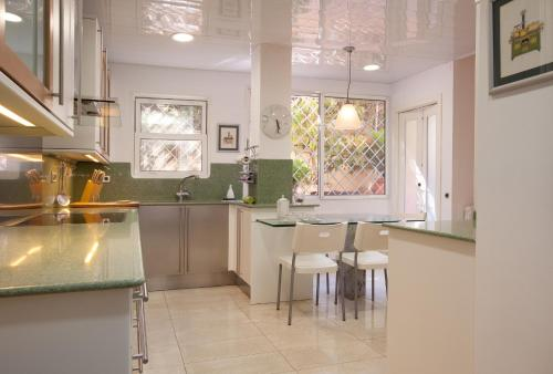 Akira Flats Sant Pau apartments photo 14