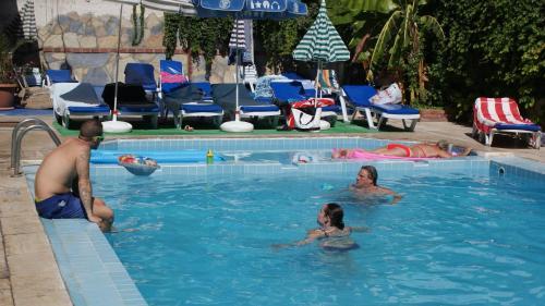 Kusadası City Hotel reservation