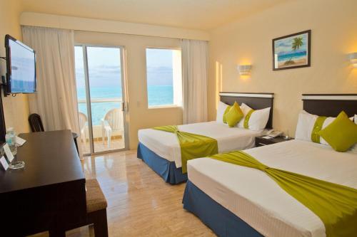 Aquamarina Beach, Cancún