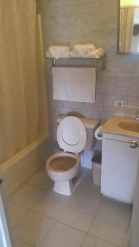 Branford Motel - Branford, CT 06405