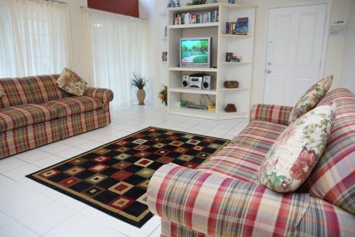 Crayson Villa LF006 Main image 2