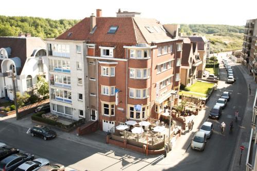 . Hotel Du Soleil