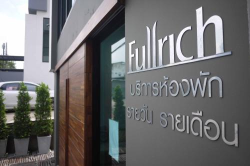 Fullrich Residence photo 2