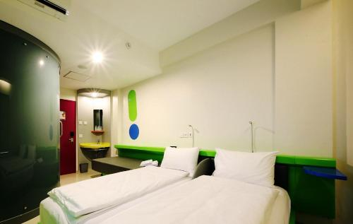 Pop Hotel Airport Jakarta In Tangerang Indonesia 900 Reviews Price From 25 Planet Of Hotels