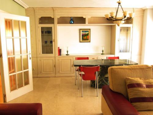 Hotel Apartamentos Kasa25 Maisonnave