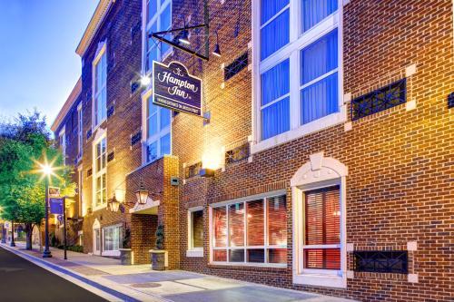 Hampton Inn Columbia Downtown Historic District in Columbia