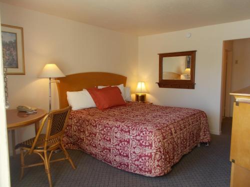 Colusa Riverside Inn - Colusa, CA 95932