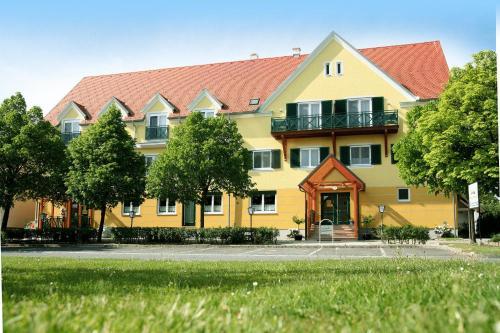. Landhotel Schwabenhof