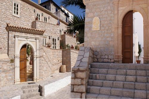 . Angelica Traditional Boutique Hotel