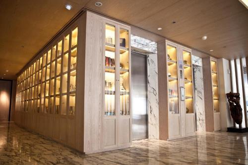 Arcadia Suites Ploenchit Sukhumvit by Compass Hospitality photo 33