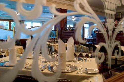 Villa Medici Hotel & Restaurant