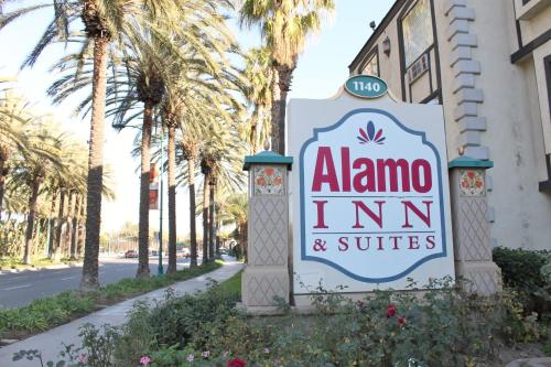 . Alamo Inn and Suites - Convention Center