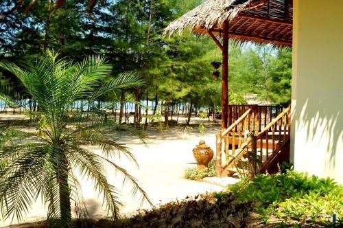 Hapla Beach Cottage Hapla Beach Cottage