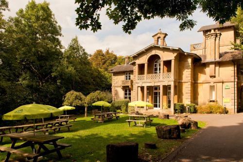 Bathwick Hill, Bath BA2 6LA, England.