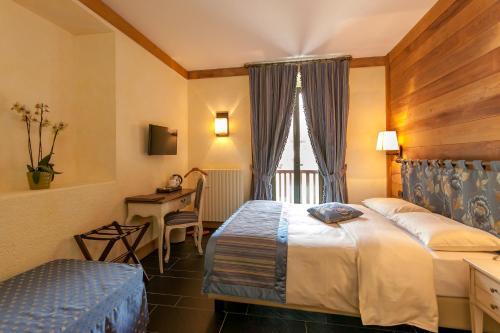 Hotel Lo Scoiattolo 433678 Courmayeur