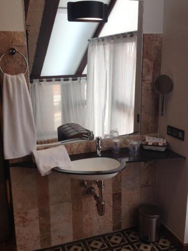 Deluxe Suite Hotel Rural Doña Berenguela 8
