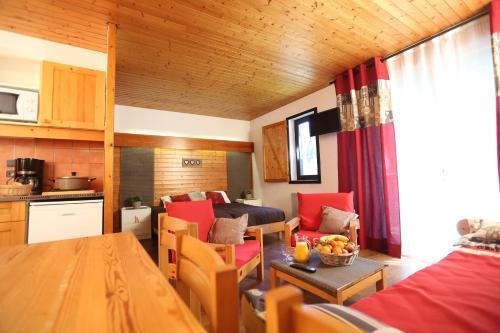 Village Club Les Tavaillons - Accommodation - Les Carroz