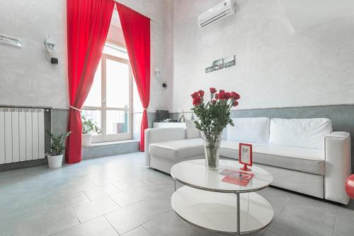 Hotel Suite Apartments Angioini